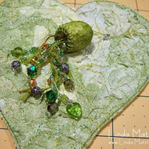 Tutorial: Creating texture on fabric using crinkled ribbon