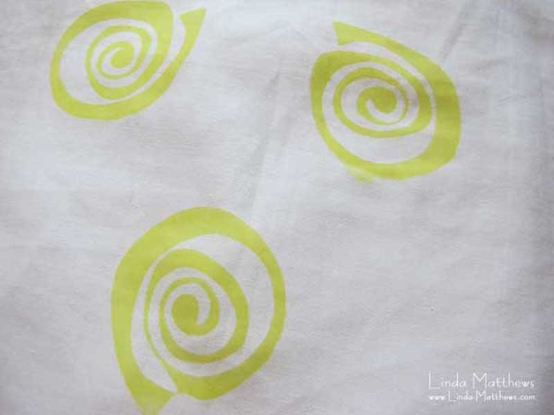 Fabric dyeing using Jacquard Color Magnet